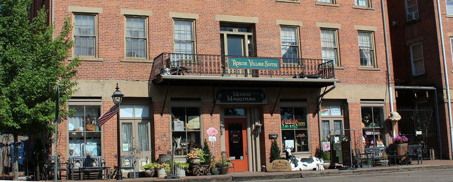 McKennas Market Roscoe Village